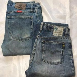 Two pairs of men's denims size 32x30